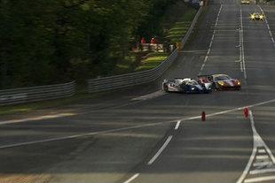 18h - 21h : une demi-heure de folie et un accident grave - 24 Heures du Mans 2012  Reportage.com