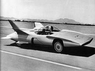 GM Firebird III - Les concept cars de la General Motors   - Page 1.com