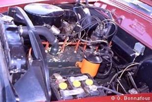 KAISER 1951 - Autojumble de Beaulieu 2003   - Page 3.com