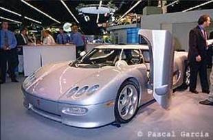 KOENIGSEGG CC - Mondial de Paris 2000.com