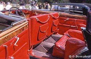 MAYBACH Zeppelin DS8 Cabriolet - Louis Vuitton Classic 2002   - Page 2.com
