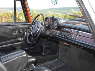 MERCEDES 280 SE 3.5 V8 - Week-end de l'Excellence Automobile de Reims   - Page 2.com