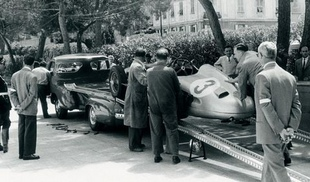 MERCEDES Racing Car Transporter (1954- )