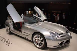 MERCEDES SLR Roadster - Salon de Francfort 2007.com