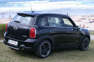 essai mini cooper s countryman motorlegend. Black Bedroom Furniture Sets. Home Design Ideas