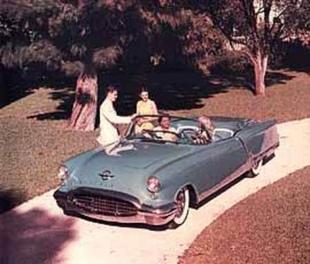 OLDSMOBILE Starfire - Les concept cars de la General Motors   - Page 1.com
