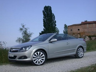 OPEL Astra Twin Top 1.8 Twinport - Quel coupé-cabriolet 4 places choisir ?   - Page 2.com