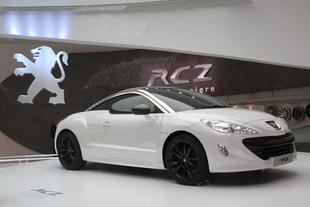 Audi tt espace int rieur places arri re motorlegend for Interieur rcz