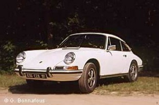 PORSCHE 911 E et 911 S - Grand Prix de l'Age d'Or 2003   - Page 2.com