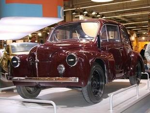 RENAULT 4 CV et ses dérivés - Rétromobile 2006.com