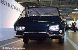 RENAULT étude 900 - Rétromobile 2001.com