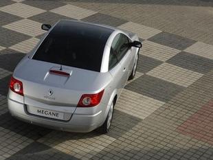 RENAULT Mégane CC 2.0 16v - Quel coupé-cabriolet 4 places choisir ?   - Page 1.com