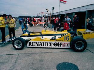 RENAULT RE 20 et RE 30 - 30 ans de Renault F1   - Page 1.com