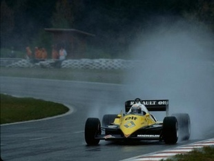RENAULT RE 40 - 30 ans de Renault F1   - Page 2.com