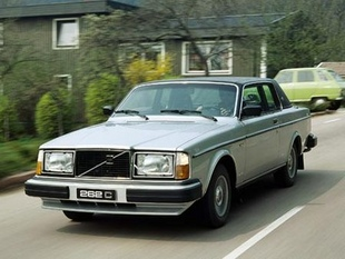VOLVO génération 200 - Saga Volvo   - Page 3.com