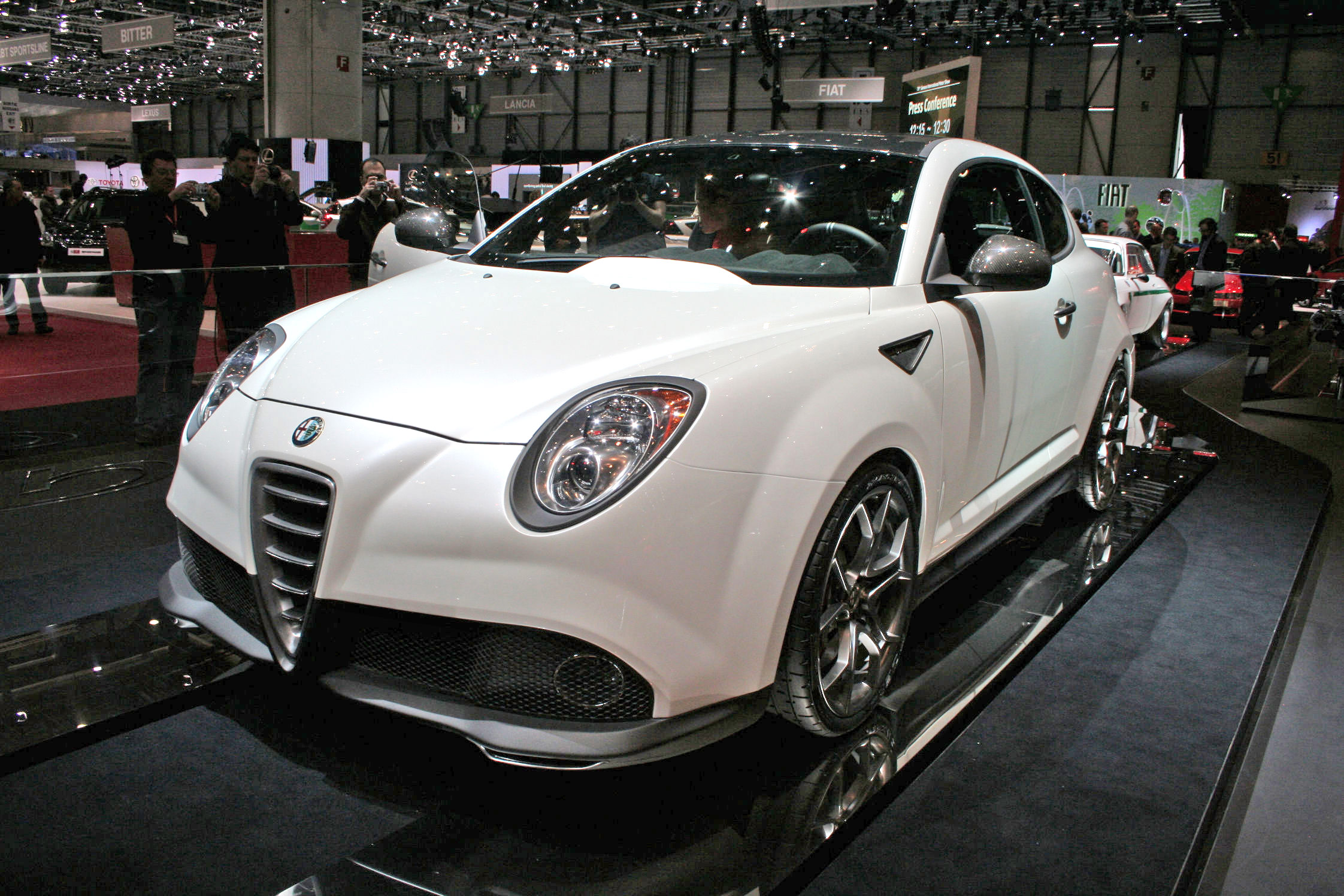 alfa romeo mito gta concept salon de gen ve 2009. Black Bedroom Furniture Sets. Home Design Ideas