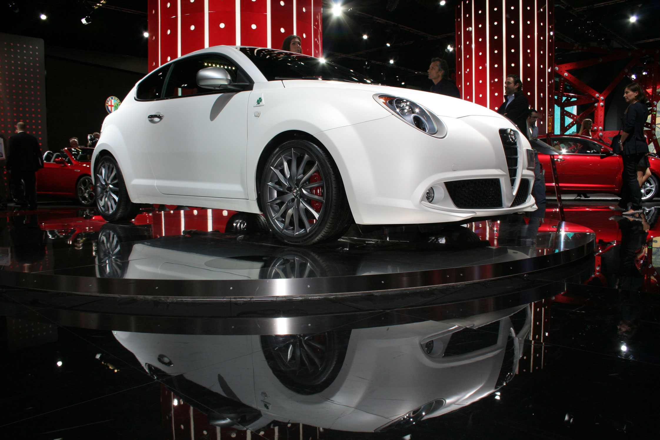 alfa romeo mito quadrifoglio verde salon de francfort 2009. Black Bedroom Furniture Sets. Home Design Ideas