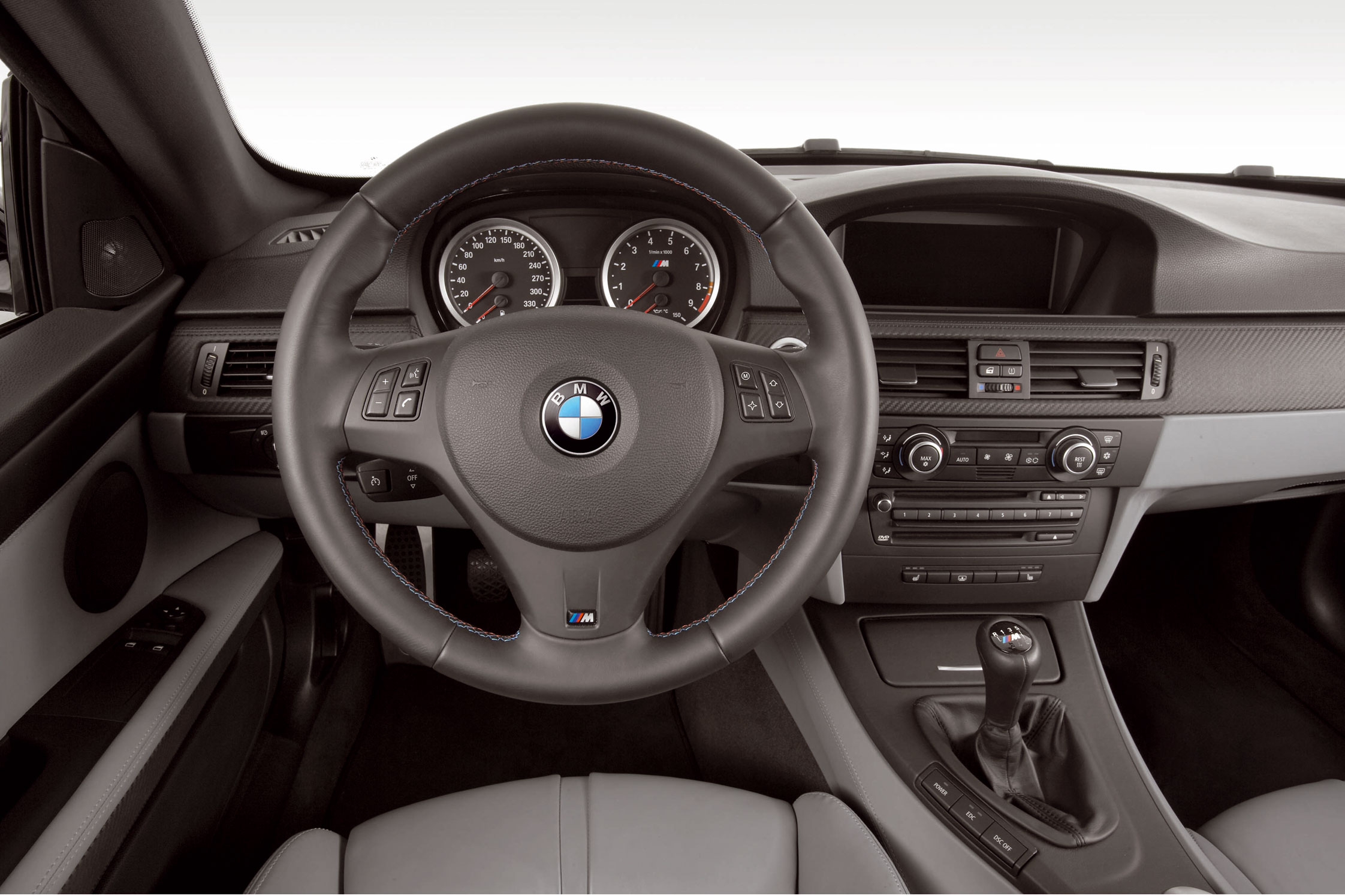 Essai bmw m3 e92 motorlegend for Interieur cuir bmw e90