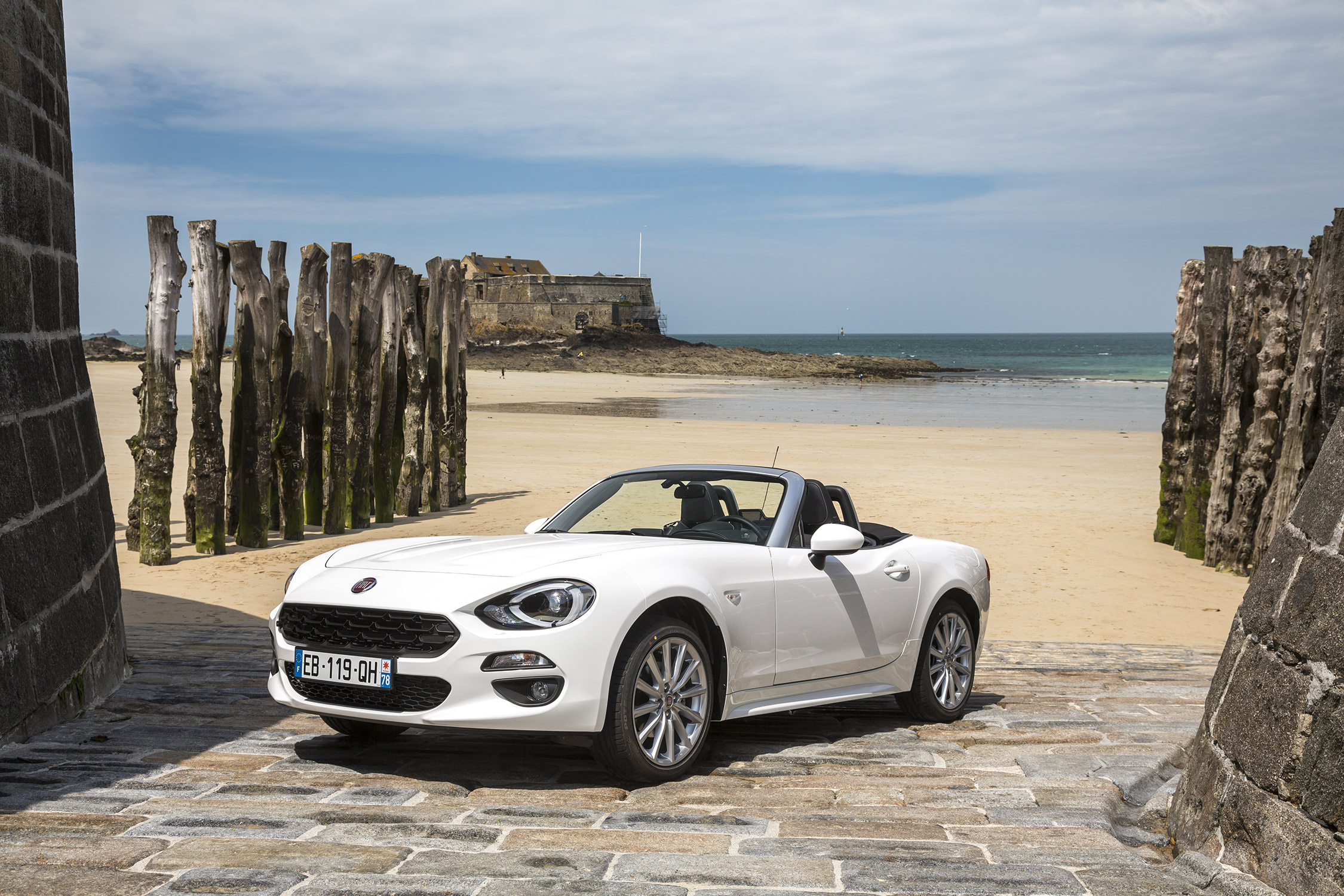 essai fiat 124 spider lusso plus motorlegend. Black Bedroom Furniture Sets. Home Design Ideas