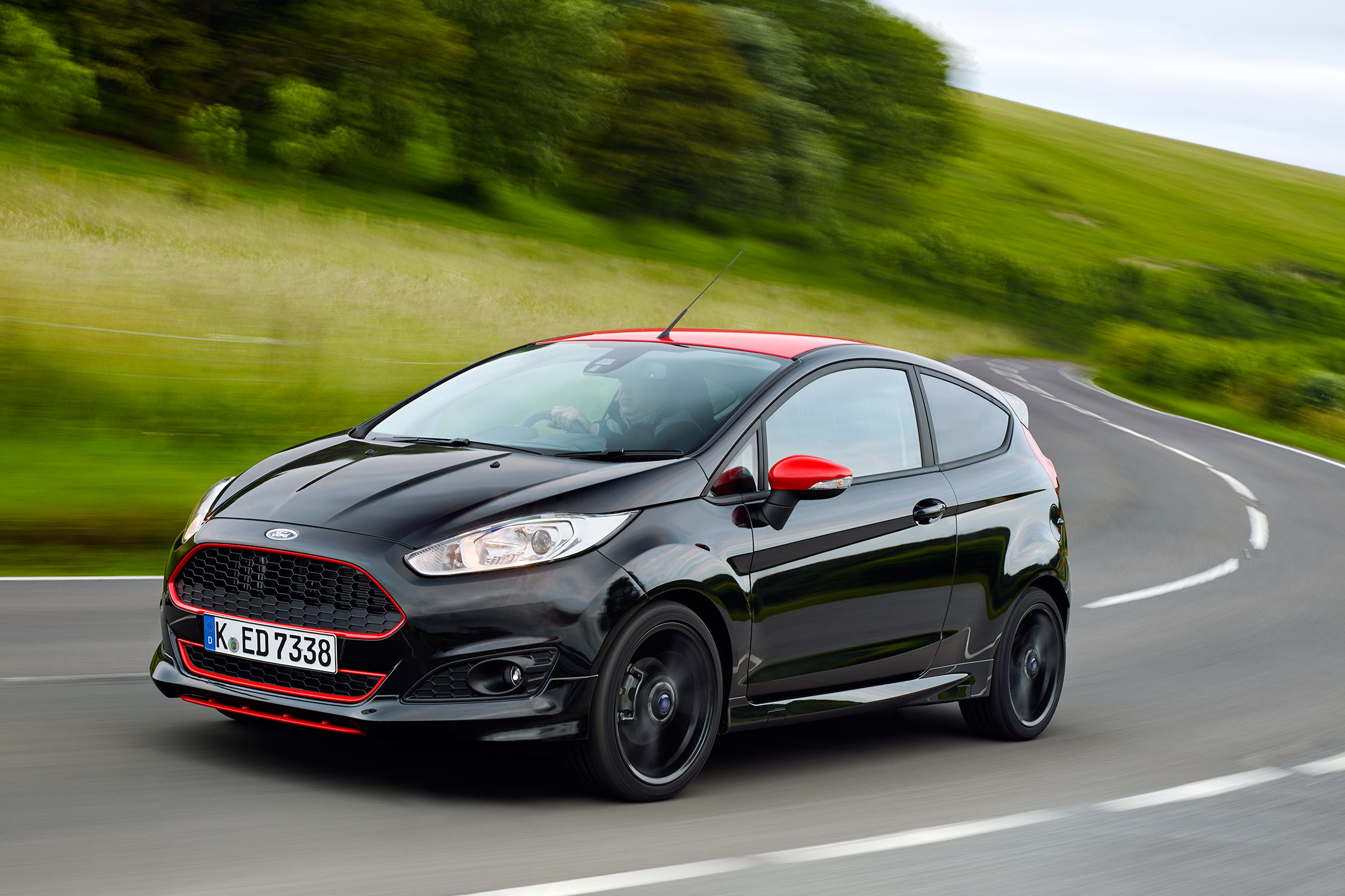 essai ford fiesta black edition motorlegend. Black Bedroom Furniture Sets. Home Design Ideas