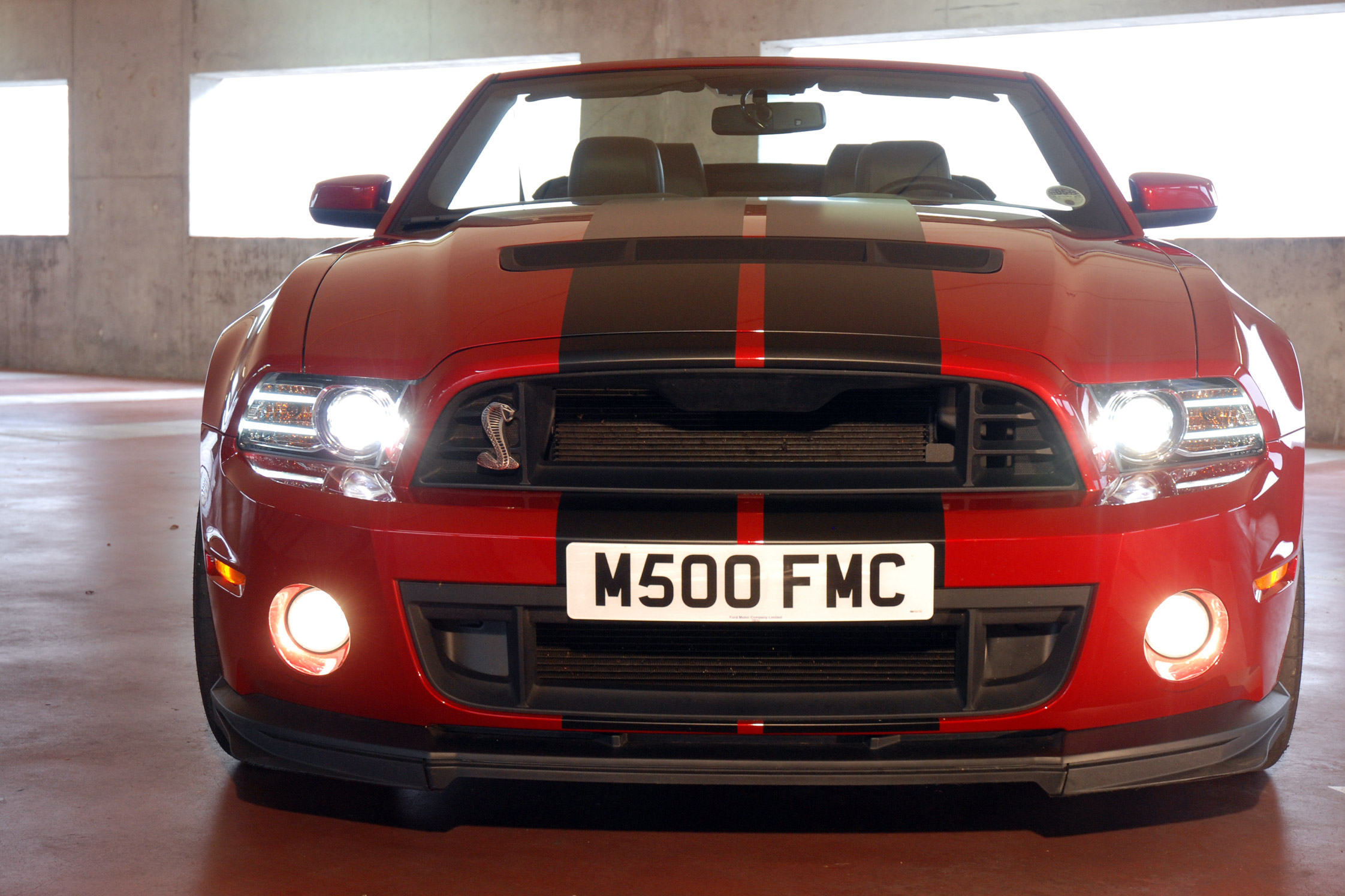 essai ford mustang shelby gt500 motorlegend. Black Bedroom Furniture Sets. Home Design Ideas