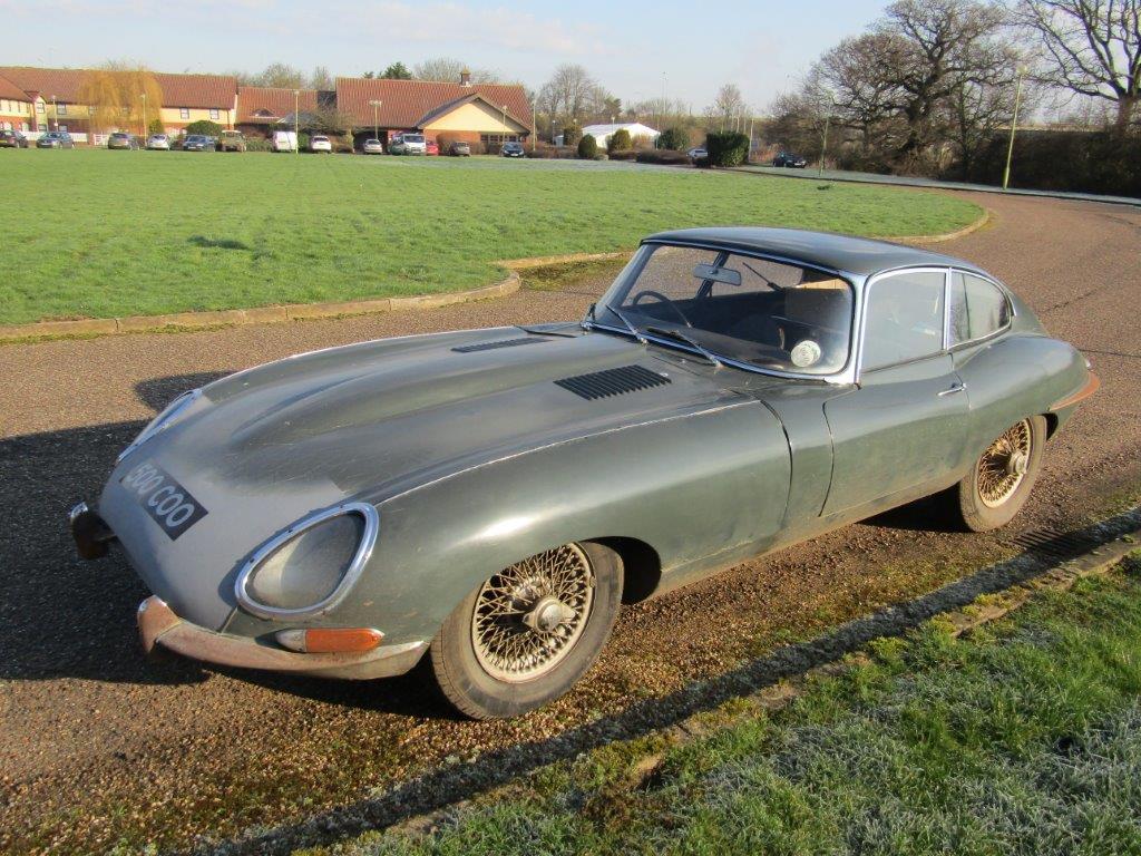 acheter une jaguar type e coup 1961 1964 guide d 39 achat motorlegend. Black Bedroom Furniture Sets. Home Design Ideas