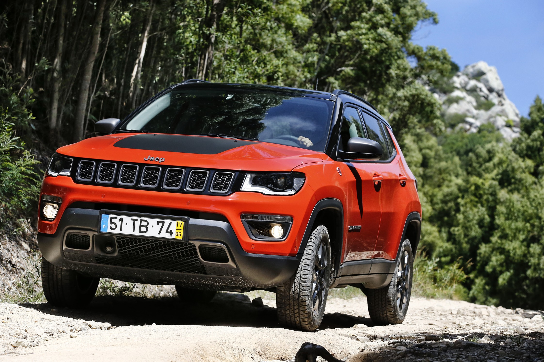 essai jeep compass 2 0 multijet 170 4x4 bva9 trailhawk motorlegend. Black Bedroom Furniture Sets. Home Design Ideas