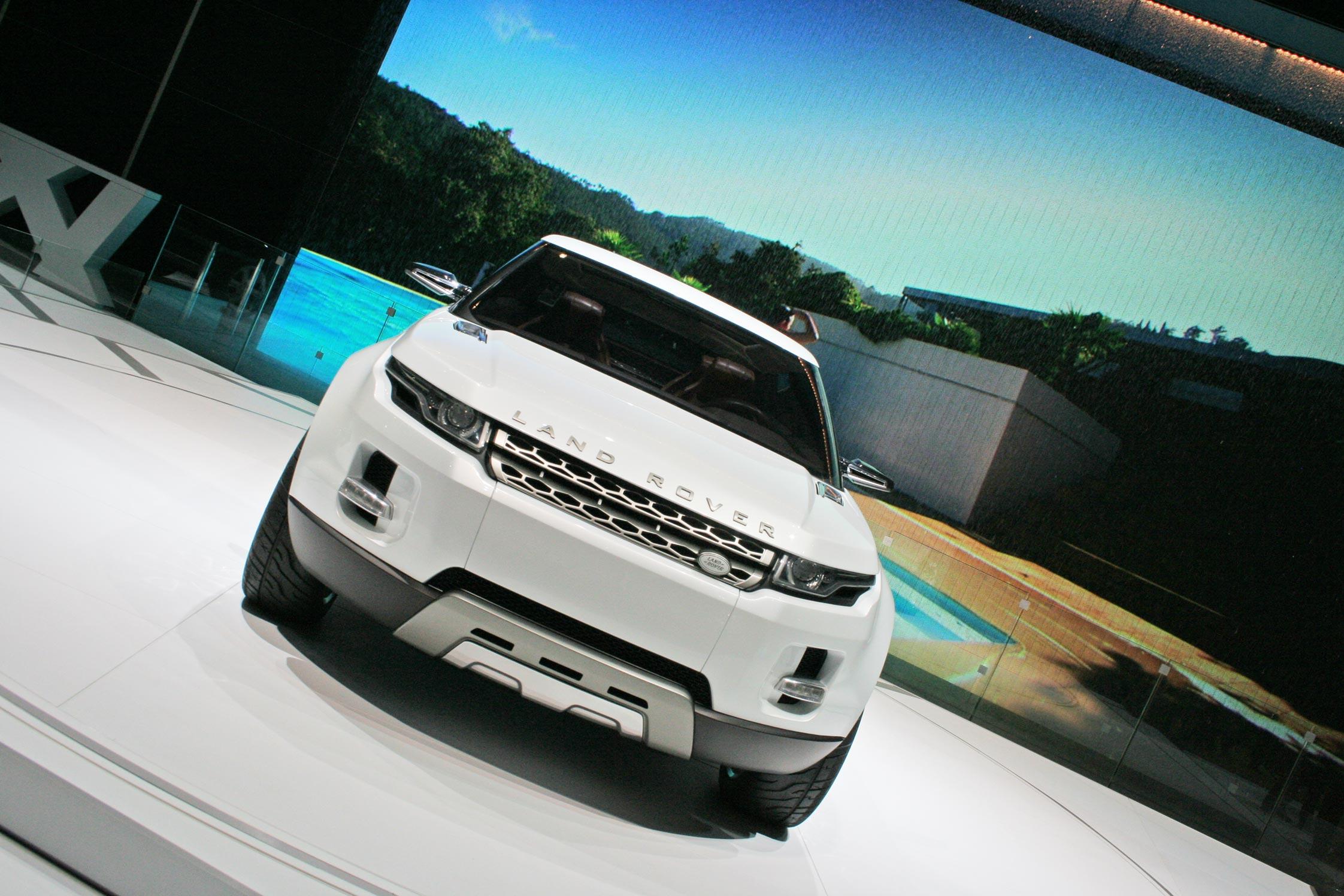 http://www.motorlegend.com/images-voiture/hd/land-rover-lrx-concept-46158.jpg