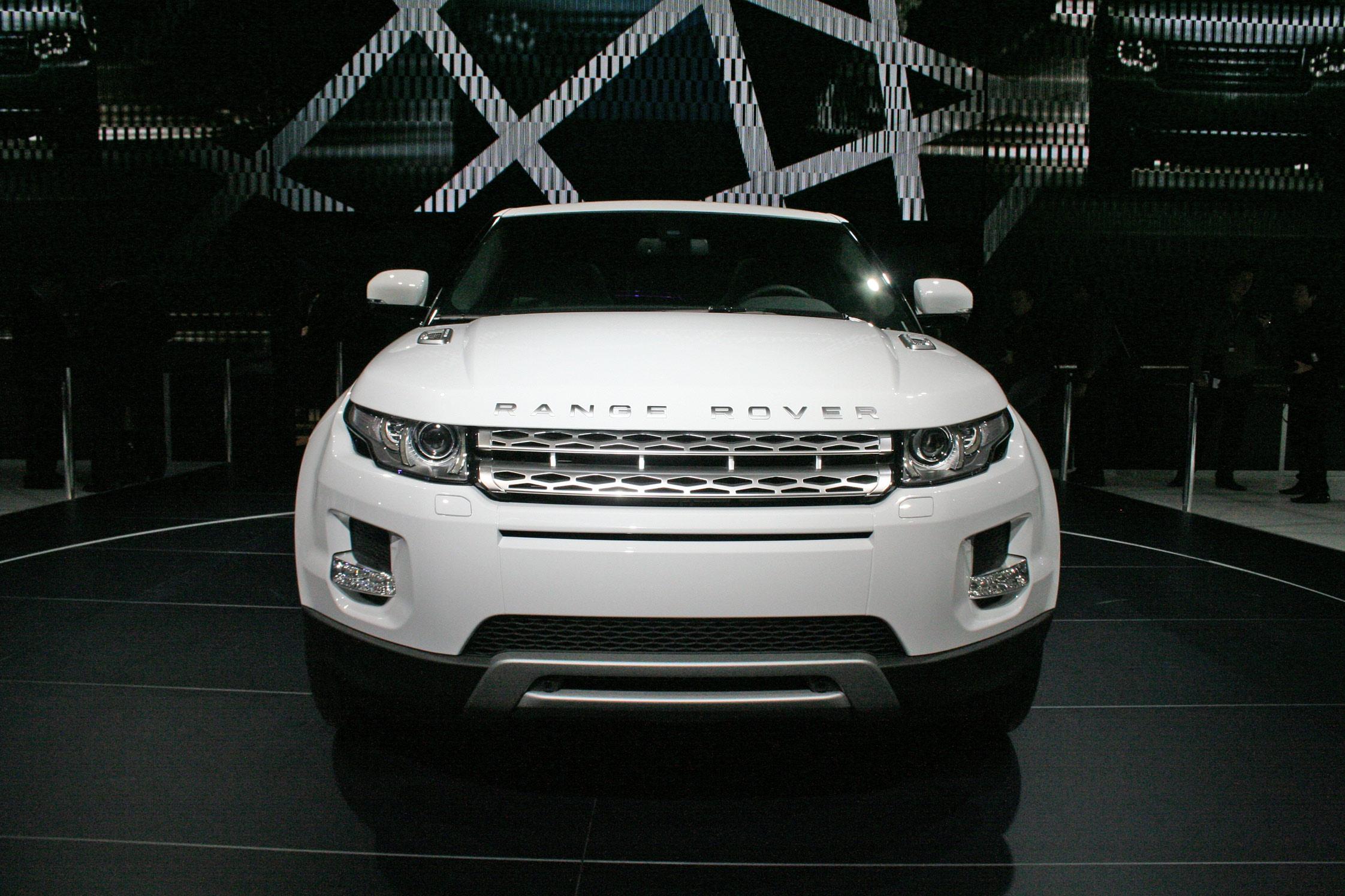 land rover range rover evoque mondial automobile de paris 2010. Black Bedroom Furniture Sets. Home Design Ideas