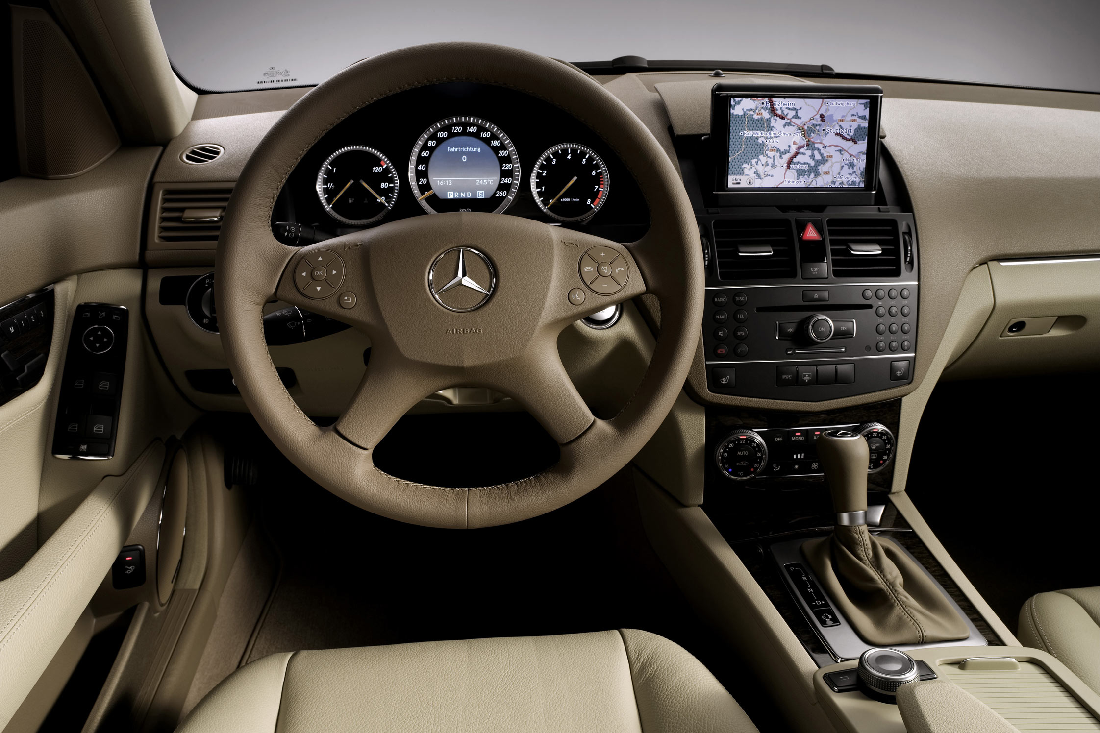 essai mercedes c 200 cdi break motorlegend. Black Bedroom Furniture Sets. Home Design Ideas