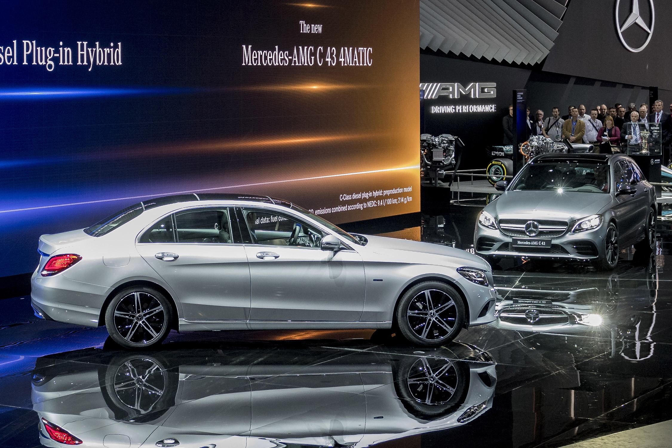 Mercedes classe c salon de gen ve gims 2018 for Mercedes salon