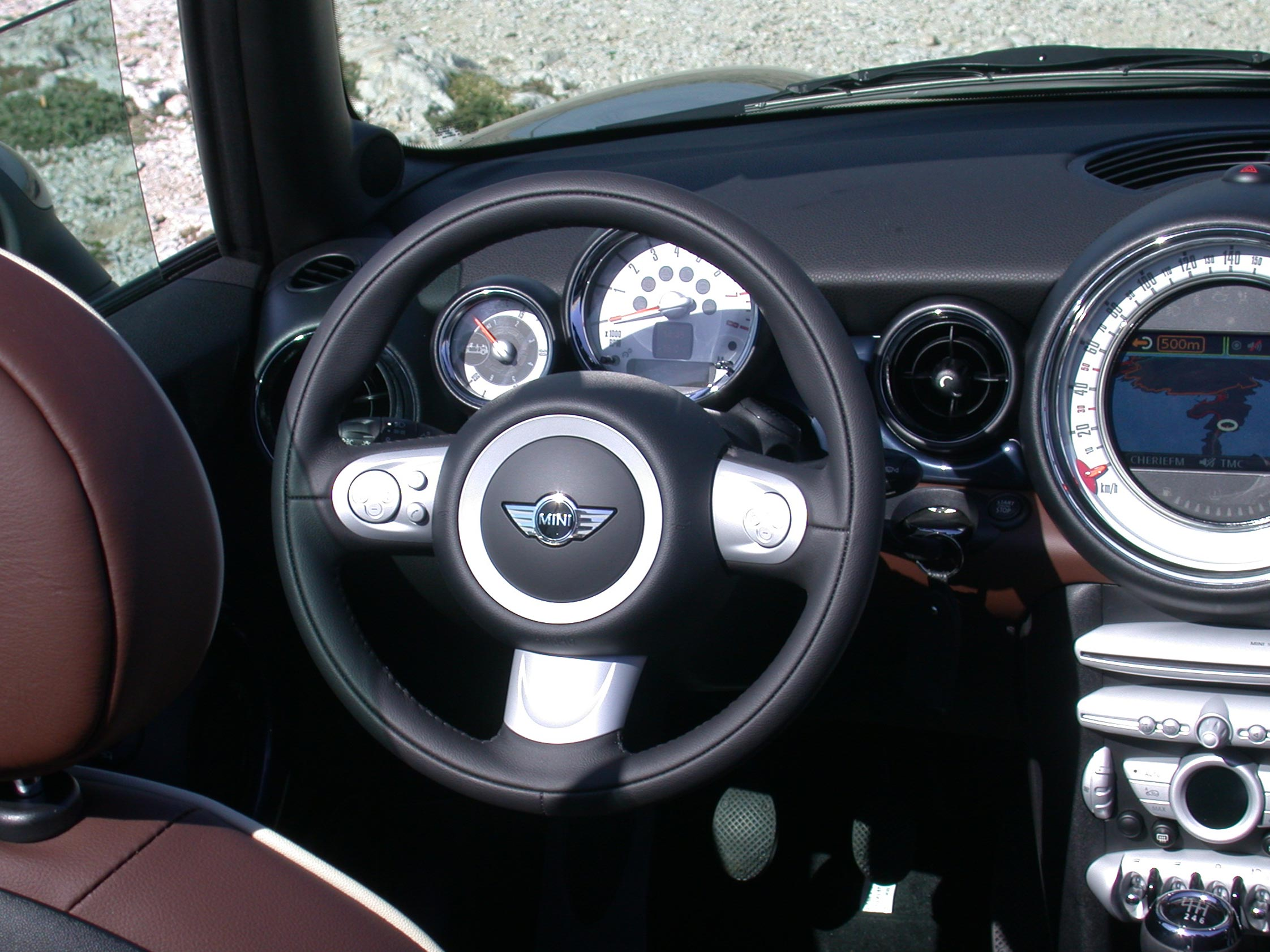 essai mini cooper cabrio 2009 motorlegend. Black Bedroom Furniture Sets. Home Design Ideas