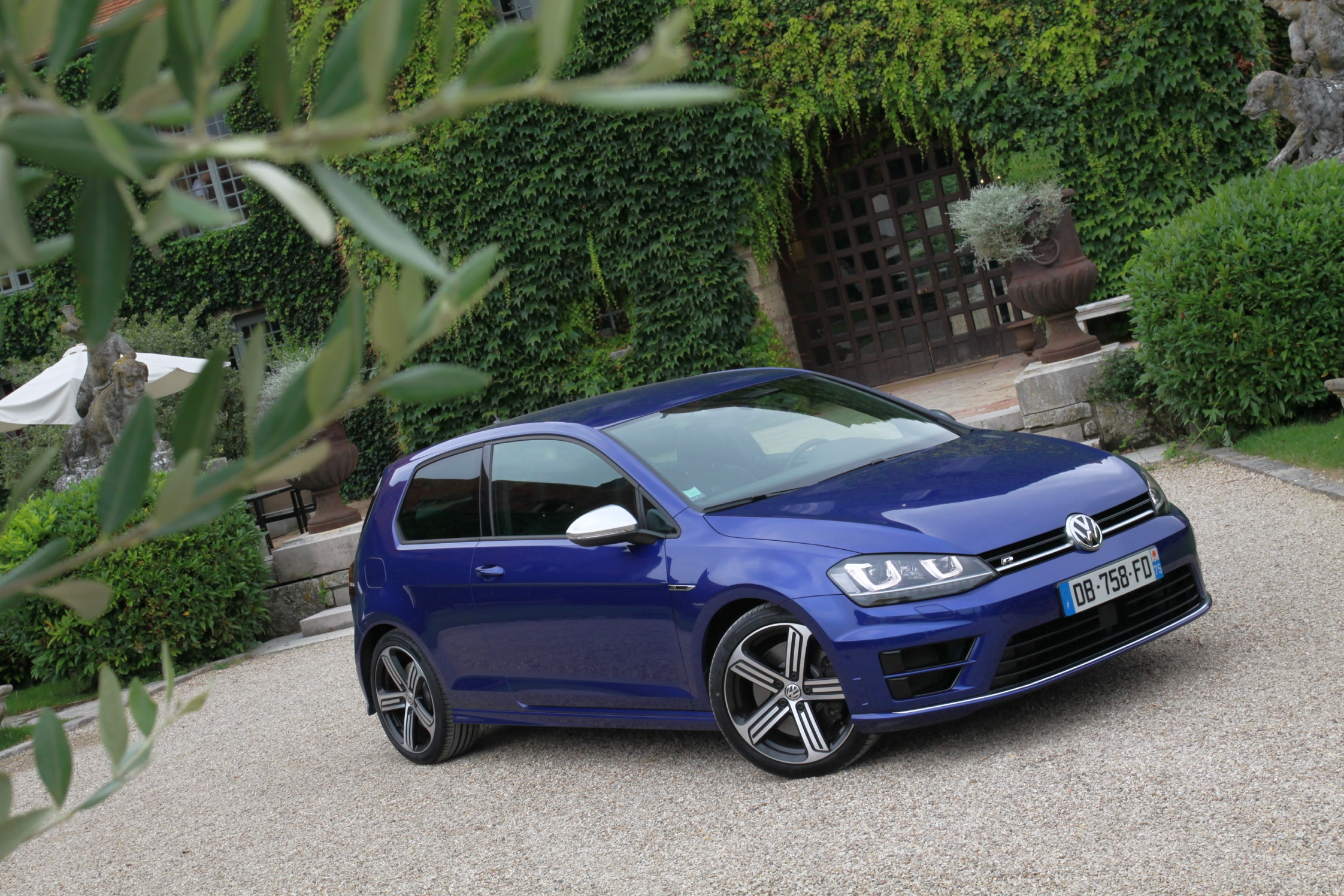 essai volkswagen golf vii r motorlegend. Black Bedroom Furniture Sets. Home Design Ideas