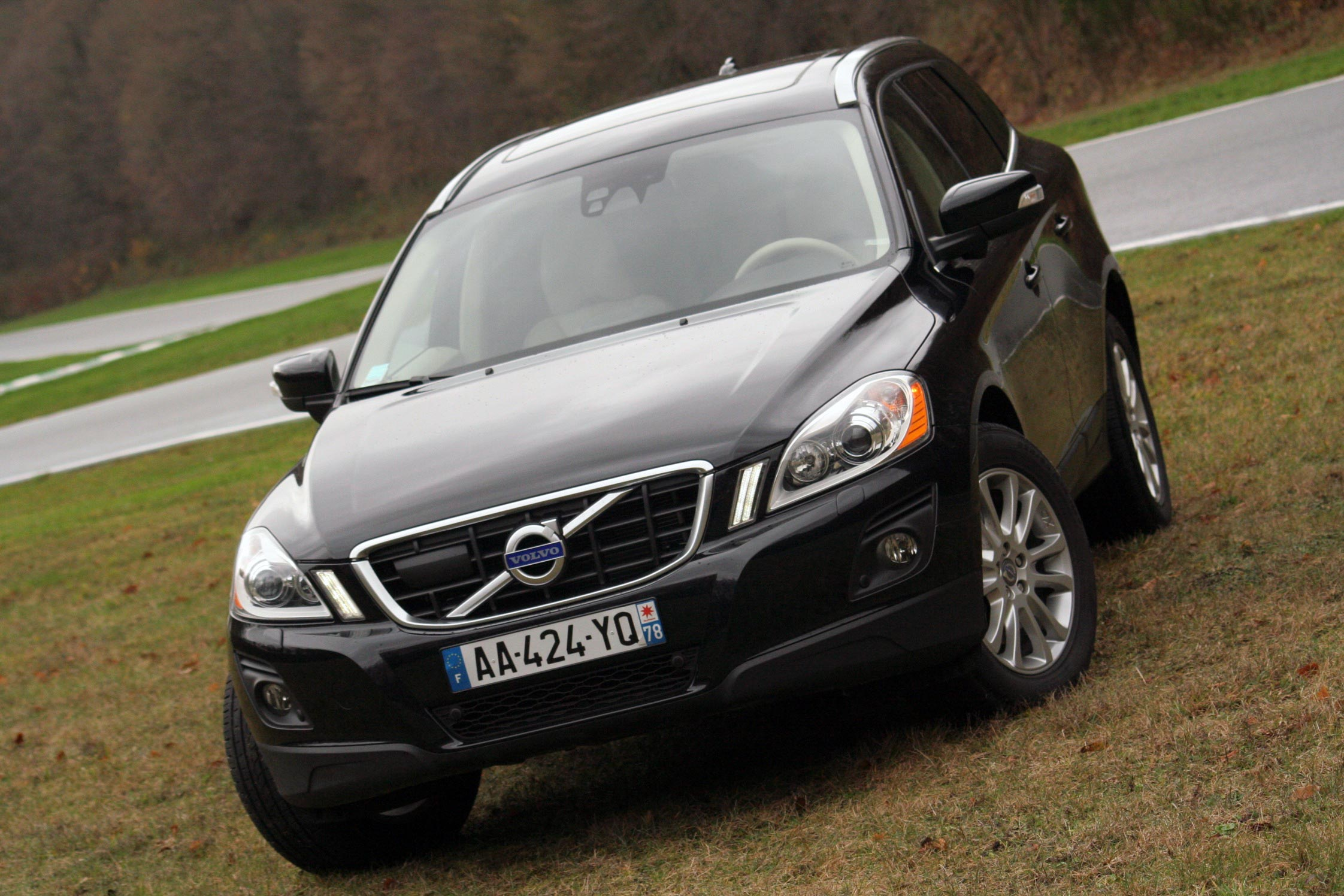 essai volvo xc60 t6 motorlegend. Black Bedroom Furniture Sets. Home Design Ideas