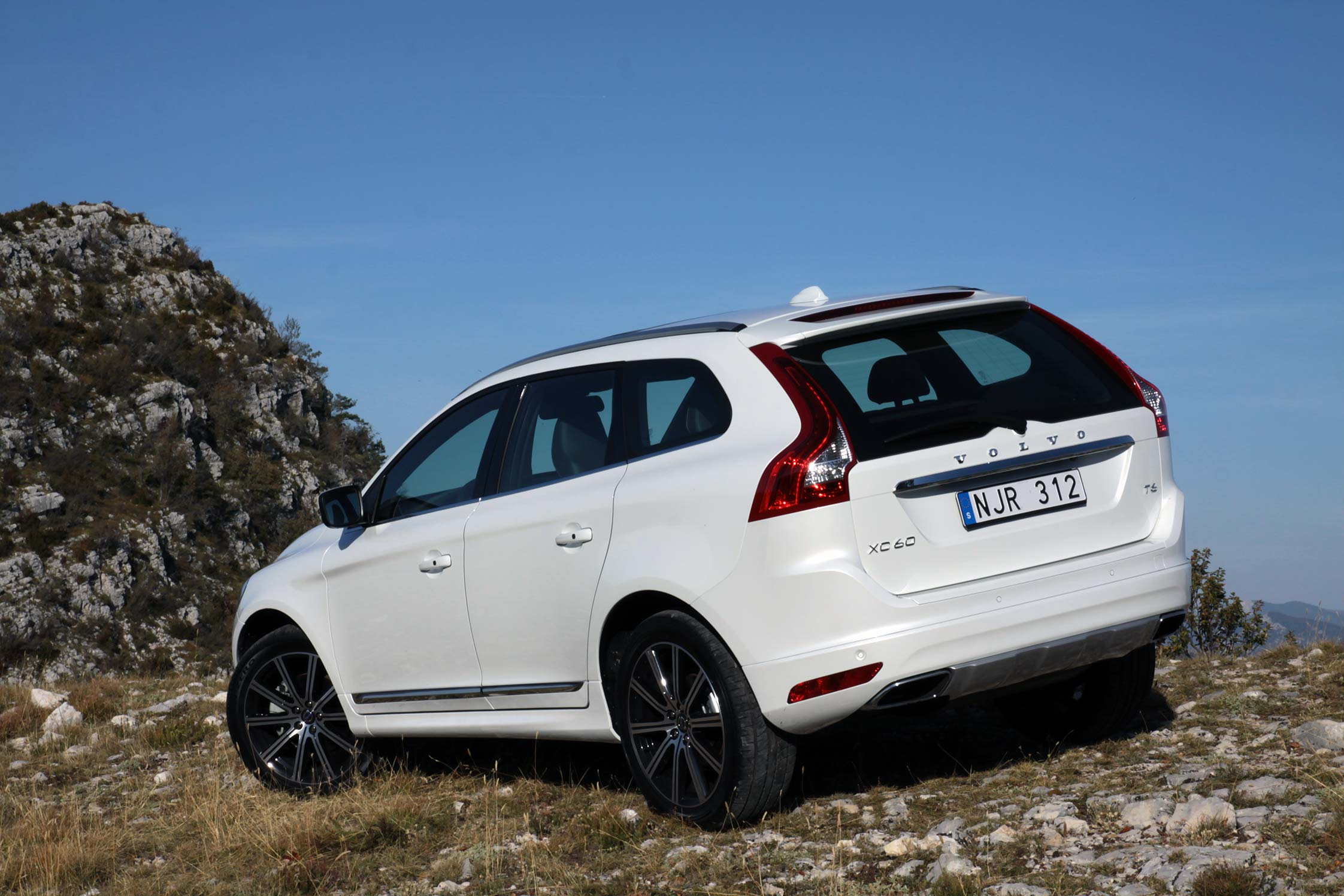 essai volvo xc60 t6 drive e motorlegend. Black Bedroom Furniture Sets. Home Design Ideas