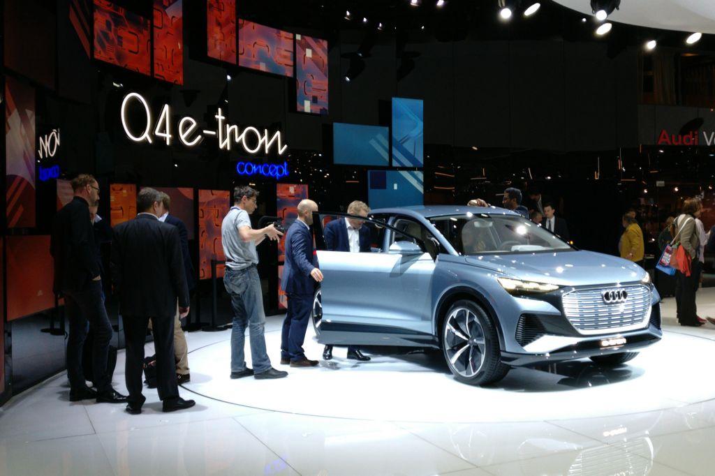 AUDI Q4 e-tron - Salon de Genève - GIMS 2019.com