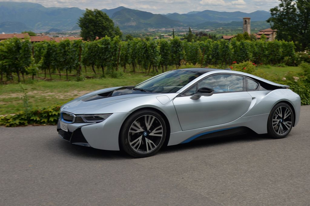 essai bmw i8 motorlegend. Black Bedroom Furniture Sets. Home Design Ideas