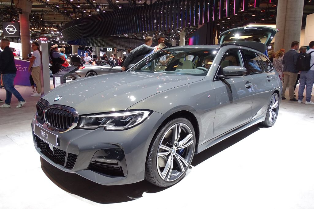 BMW Serie 3 Touring (G21) - Salon de Francfort 2019.com