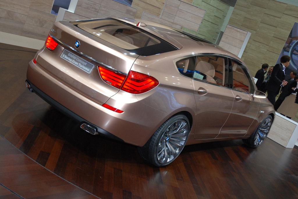 BMW Série 5 concept Gran Turismo - Salon de Genève 2009.com