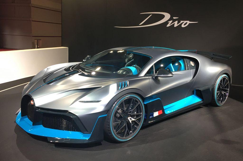 BUGATTI Divo - Mondial de l'Automobile 2018.com