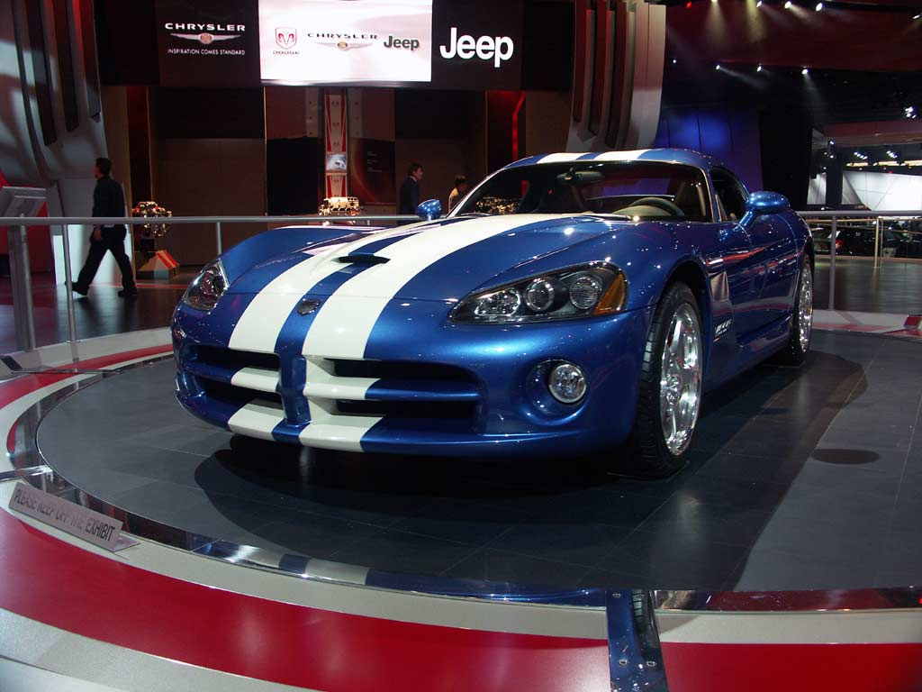 DODGE Viper SRT-10 - Salon de Detroit 2005.com