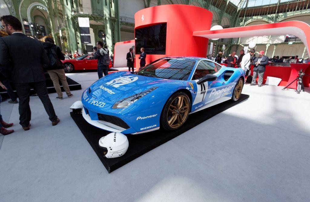 FERRARI 488 GTB - Salon de Genève 2015.com