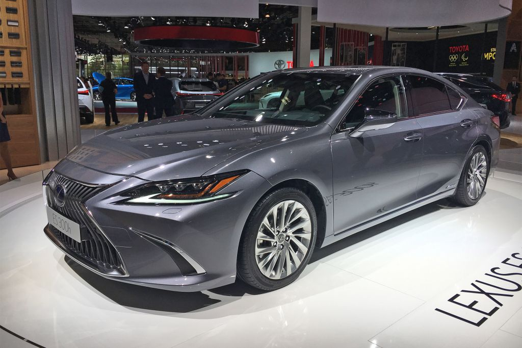 LEXUS ES - Mondial de l'Automobile 2018.com