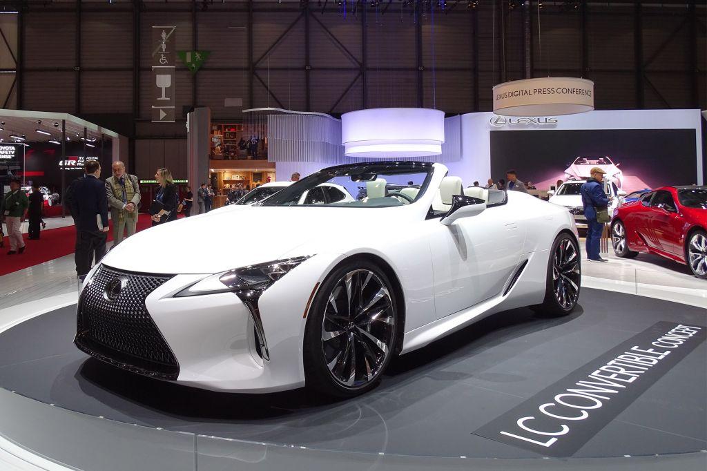 LEXUS LC Cabriolet - Salon de Genève - GIMS 2019.com