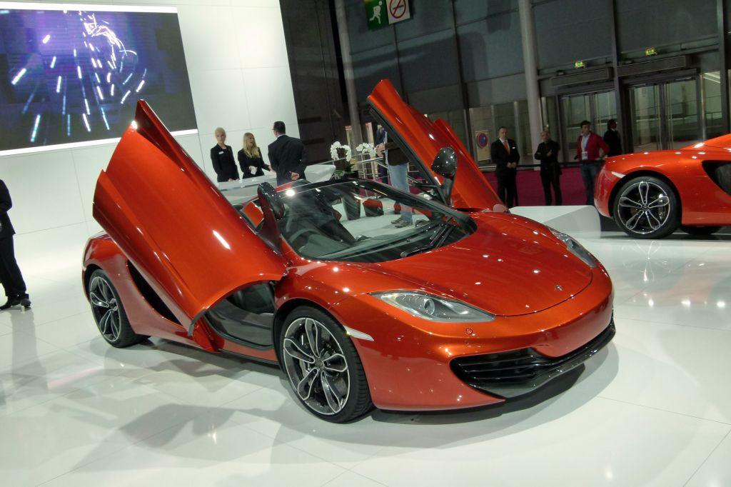 MCLAREN MP4-12C Spider - Mondial de l'Automobile 2012.com