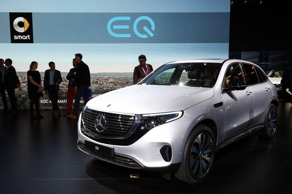 MERCEDES EQC - Mondial de l'Automobile 2018.com