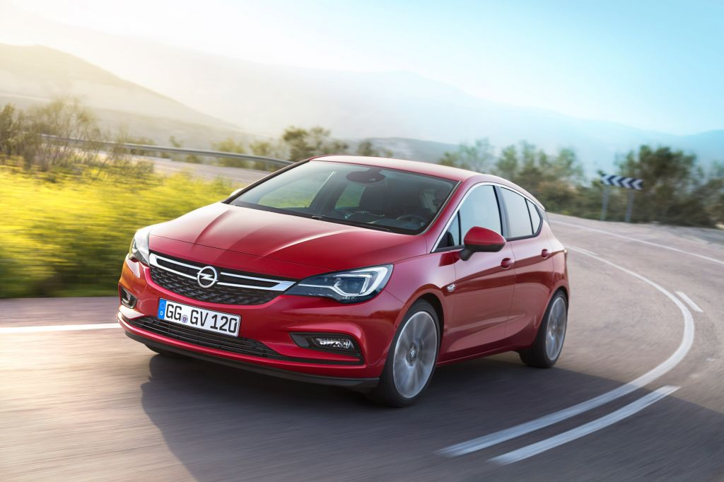 OPEL Astra 1.6 Turbo 200 ch
