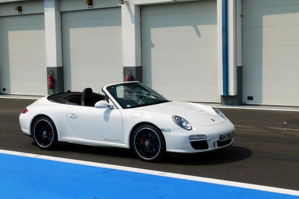 Essai PORSCHE 911 Carrera GTS cabriolet
