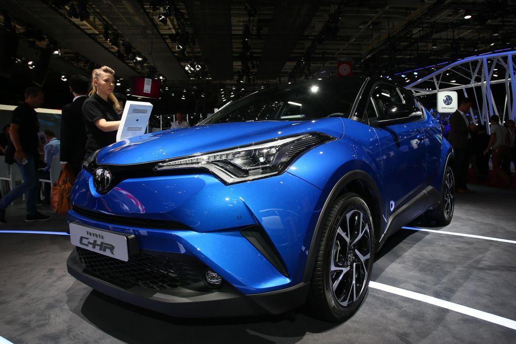 TOYOTA C-HR - Mondial de l'Automobile 2016.com