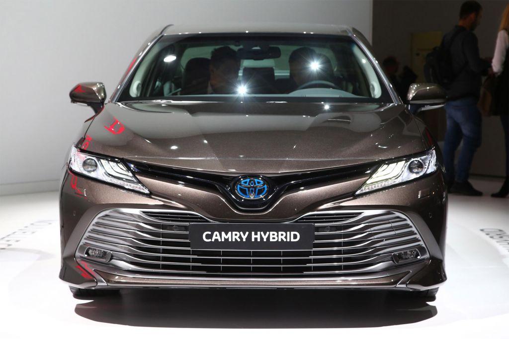 TOYOTA Camry hybride - Mondial de l'Automobile 2018.com